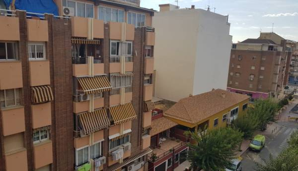 Flat - Rental - Colonia Madrid - Benidorm